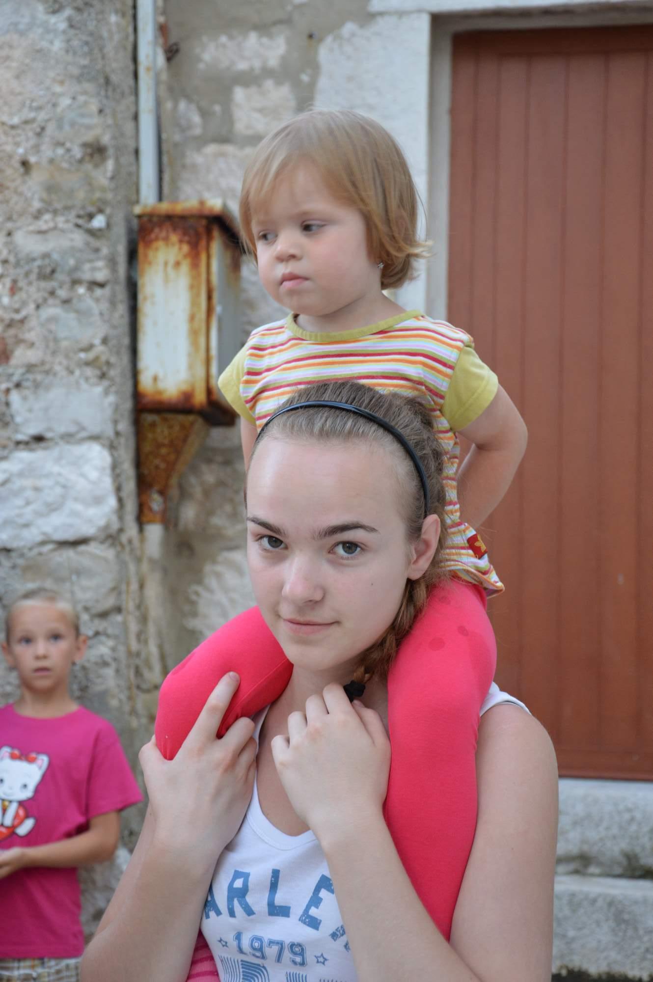http://img19.rajce.idnes.cz/d1902/11/11369/11369498_ba1b1cc51aa2b100ecd01c05fe1b9075/images/DSC_0072.jpg