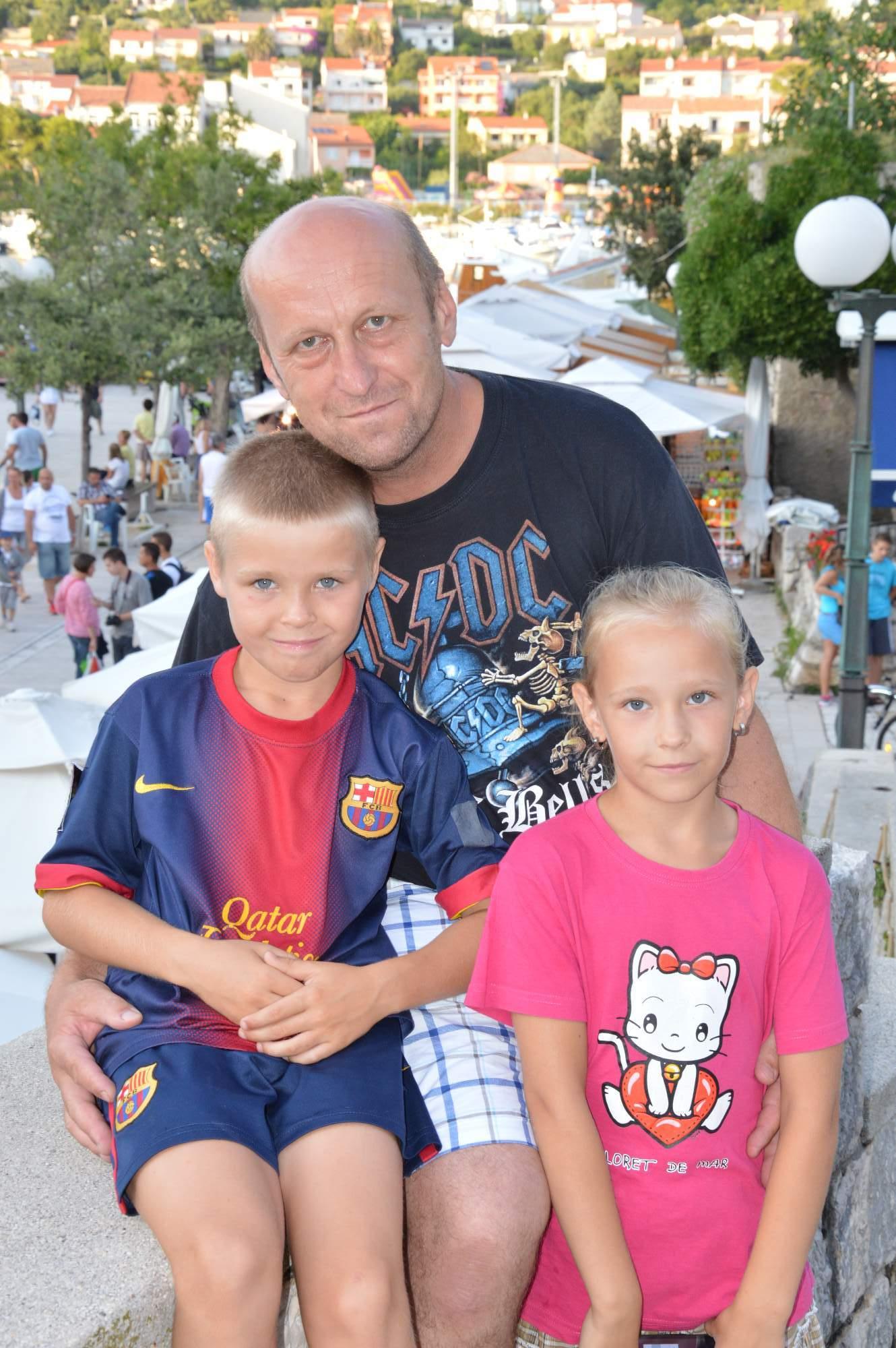 http://img19.rajce.idnes.cz/d1902/11/11369/11369498_ba1b1cc51aa2b100ecd01c05fe1b9075/images/DSC_0086.jpg