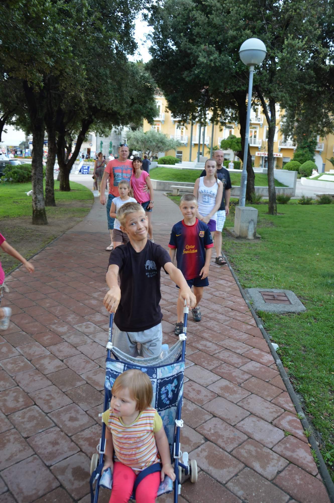 http://img19.rajce.idnes.cz/d1902/11/11369/11369498_ba1b1cc51aa2b100ecd01c05fe1b9075/images/DSC_0112.jpg