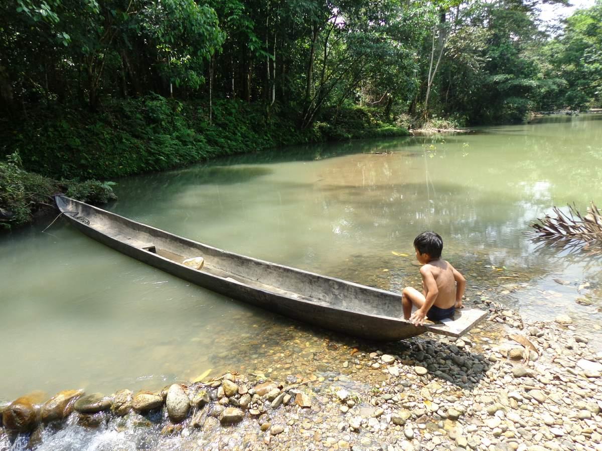 tradicni kicua kanoe
