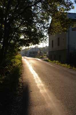 To už jsme na začátku obce Kuří. :o)