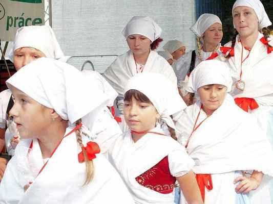 Děti z Borověnky a půvabné pásmo řemesla.