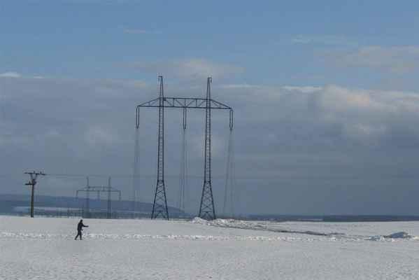 křížení s vedením 35 kV - k vypnutí po nezbytně nutnou dobu musí dojít - konkrétně v neděli 19. února si v MAVE  spustili náhradní zdroj