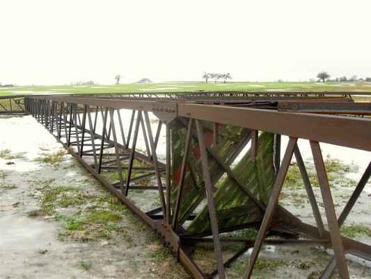 myslivci přišli o posed - vestavěnou podlážku ve stožáru - vzpomínka na Jirku Vika